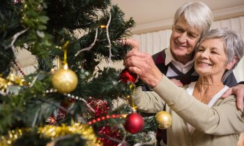 Helping Your Senior Enjoy Gift-Giving This Holiday Season