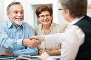 Elderly Care in Avondale AZ: How Do You Come Up With an Elderly Care Plan That Works for Everyone?